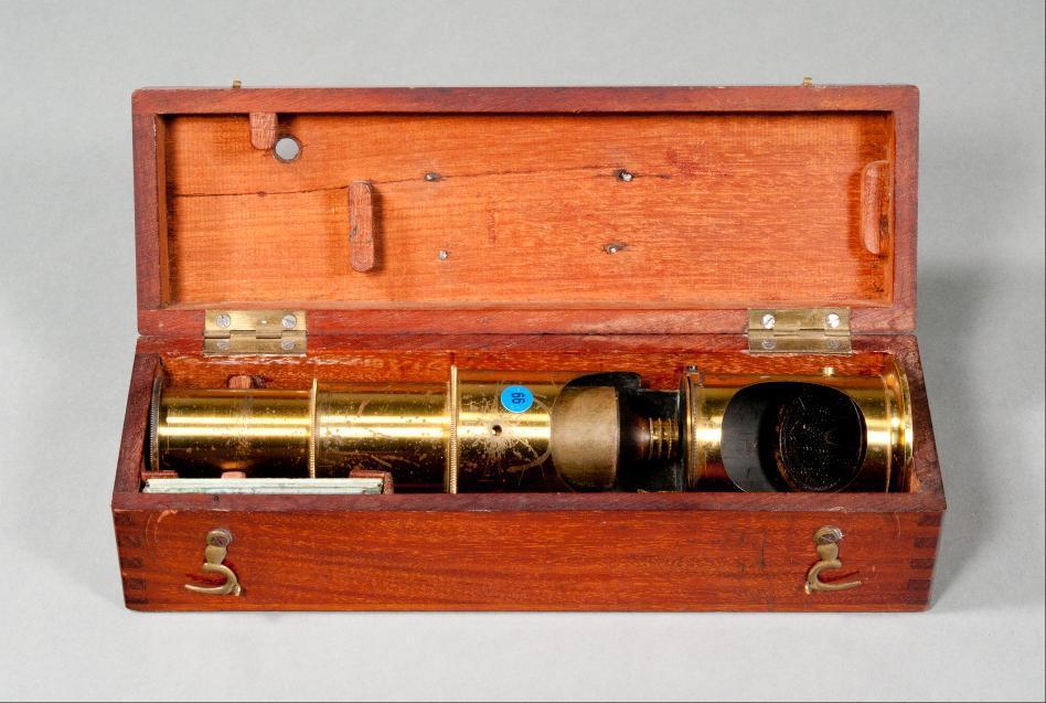 Trommelmikroskop mit Kasten