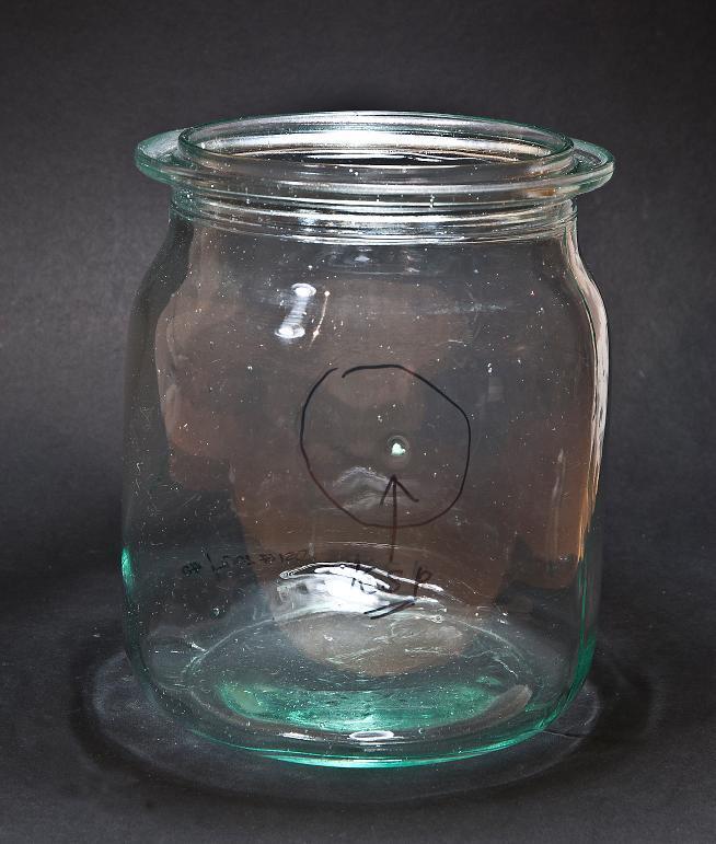 Rillenglas mit KSP (Keramik/Steine/Porzellan) Einschlüssen