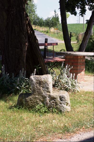 Das Steinkreuz von Wilsdorf.