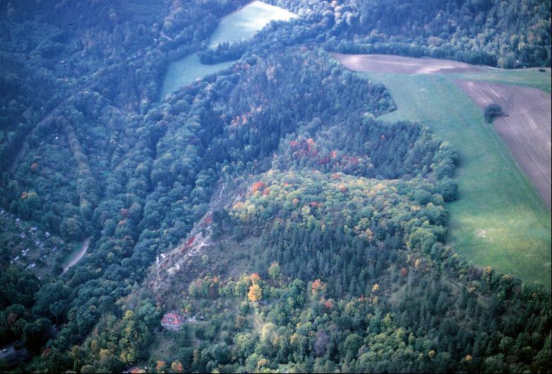 Luftbild der Lutherkanzel von Südosten.