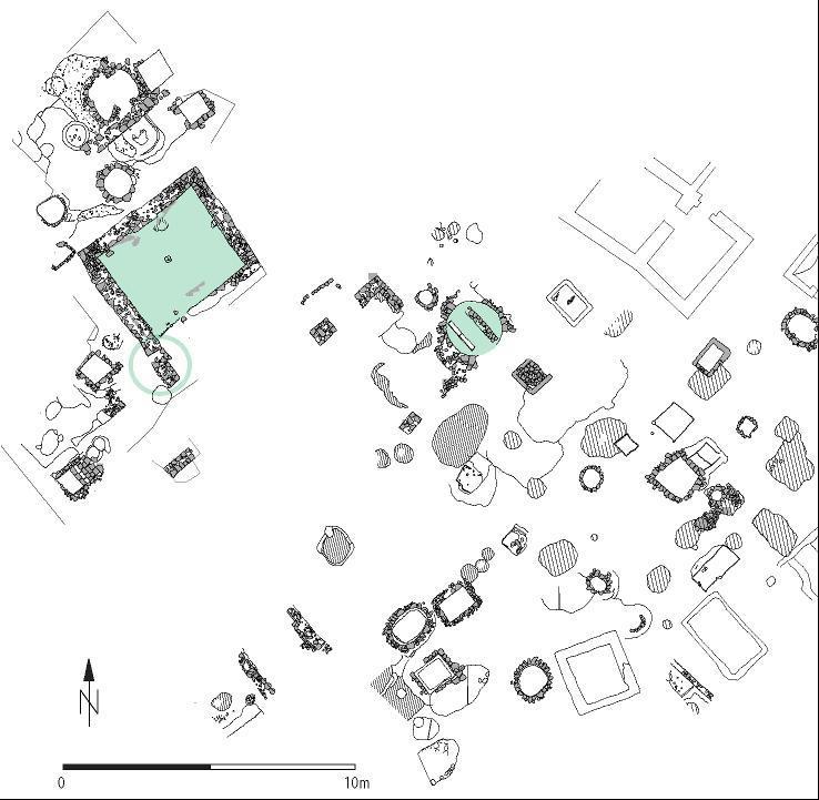 Plan der Ausgrabungen in der Michaelisstraße 44. Farbig markiert sind der erhaltene Keller und der Latrinenschacht.