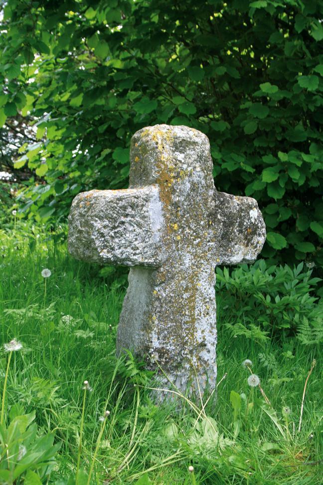 Das Steinkreuz in Wolferschwenda ist ein Beispiel für eine gelungene Restaurierung.