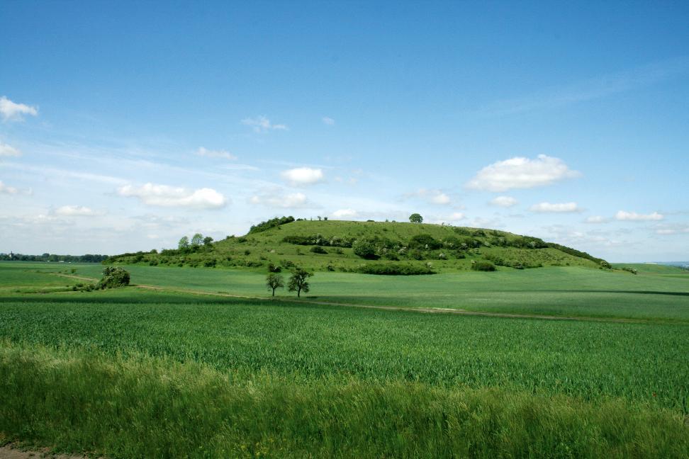 Der Segelsberg bei Hemleben.